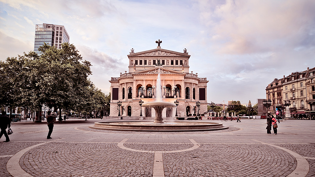 Gehen Oper und Schauspiel in Frankfurt schon bald getrennte Wege