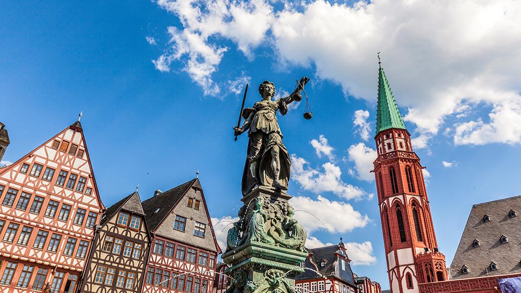 Gerechtigkeitsbrunnen auf frankfurt-interaktiv.de