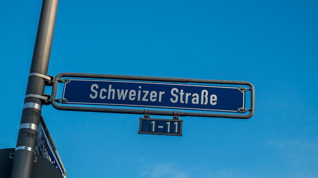 Schweizer Strassenfest - das kunterbunte Fest in Sachsenhausen