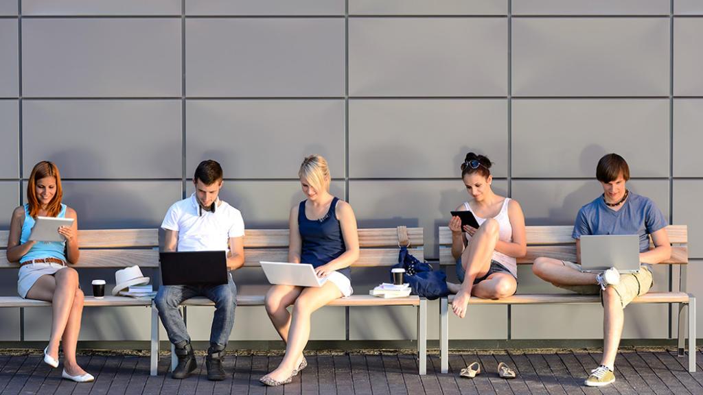 Internet an Frankfurter Schulen - das Projekt verzögert sich
